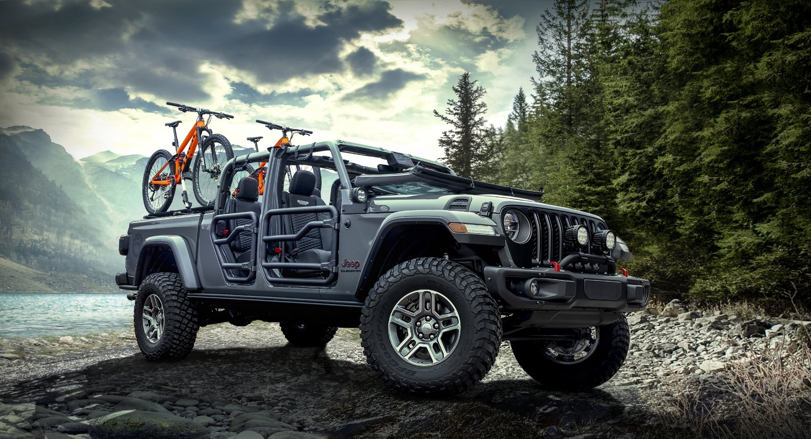 The 2020 Jeep Gladiator Parades New Upgrades From Mopar In ...