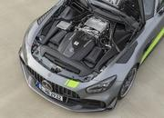 The 2020 Mercedes AMG GT R PRO Brings GT4 DNA to the Road - image 807177