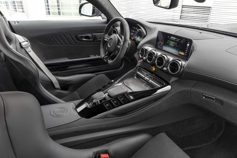 The 2020 Mercedes AMG GT R PRO Brings GT4 DNA to the Road Interior - image 807162