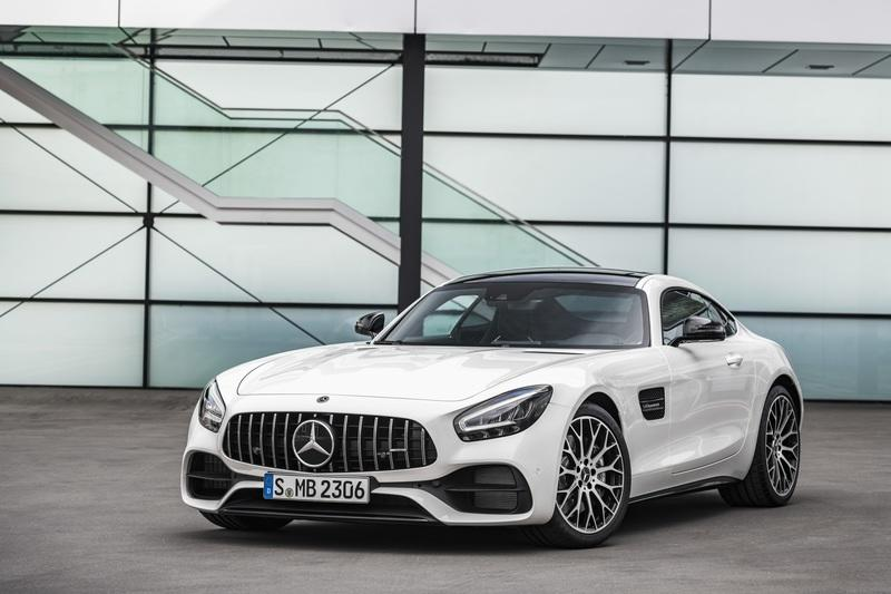 The Mercedes-AMG GT Shows Up in L.A. With DNA From the GT 4-Door Coupe Exterior - image 807114