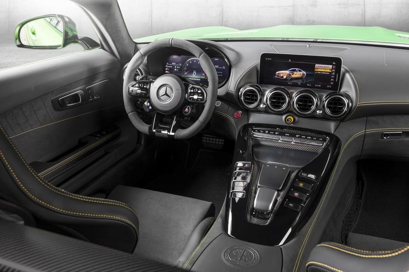 2020 Mercedes-AMG GT Interior - image 807123