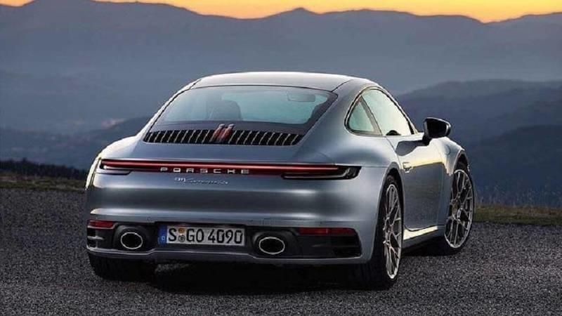 Check out the 2019 Porsche 911 Before You're Supposed to see it - image 806261