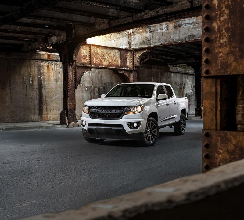 Chevy Unveils Pair of Special Edition Colorados for the Dirt and the Street
