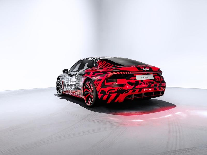 Here's the Audi E-Tron GT in Typical Audi Camo - image 806507