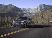 The New Lincoln Aviator Offers Third-Row Seating, Advanced Technology - image 806679
