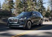 The New Lincoln Aviator Offers Third-Row Seating, Advanced Technology - image 806680