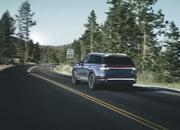 The New Lincoln Aviator Offers Third-Row Seating, Advanced Technology - image 806682