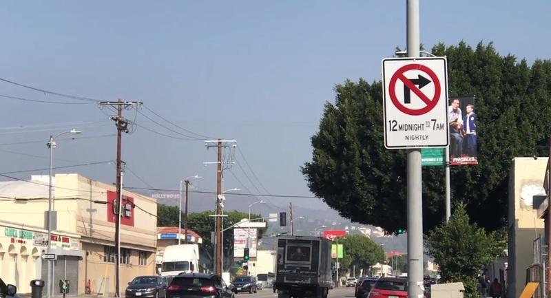 Prostitution in Los Angeles is So Bad, the City Had to Ban Right Turns at Night - image 803469