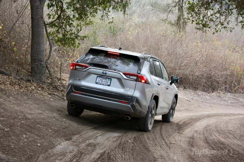 The 2019 Toyota RAV4 Is A Surprisingly Good Off-Roader