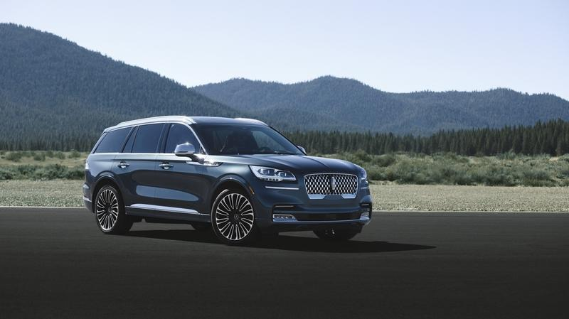 The 2020 Lincoln Aviator, in Base Form, Packs More Power than Most Competitors from Mercedes, BMW, and Audi