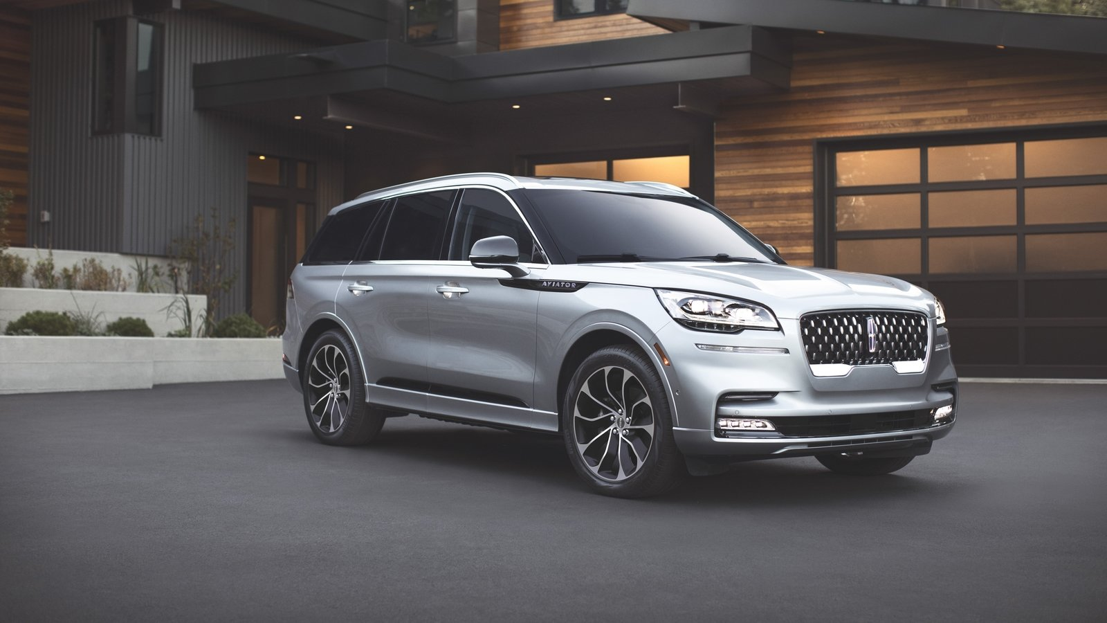 Lincoln Suv 2018 >> The 2020 Lincoln Aviator, Lincoln's First Hybrid SUV, Is Impressively Powerful | Top Speed