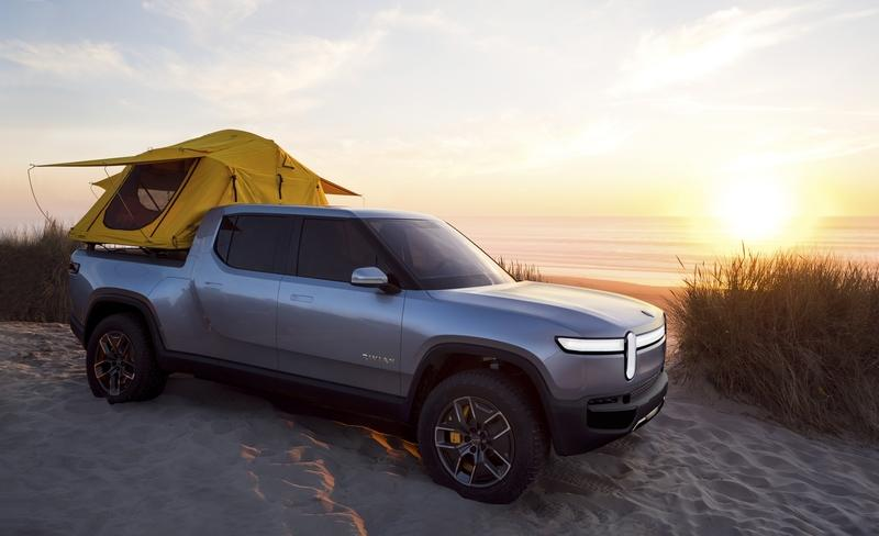 The 2020 Rivian R1T Electric Truck Middle Fingers Tesla with a 3-Second Sprint to 60 mph and 400 Mile Range Exterior - image 806396