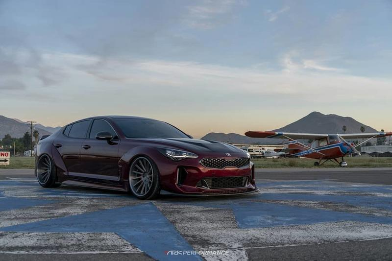 This Kia Stinger Wears its Widebody Kit Well