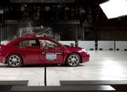 Watching This IIHS Simulation of a T-Bone Crash Will Inadvertently Exercise Your Sphincter Muscle - image 806115
