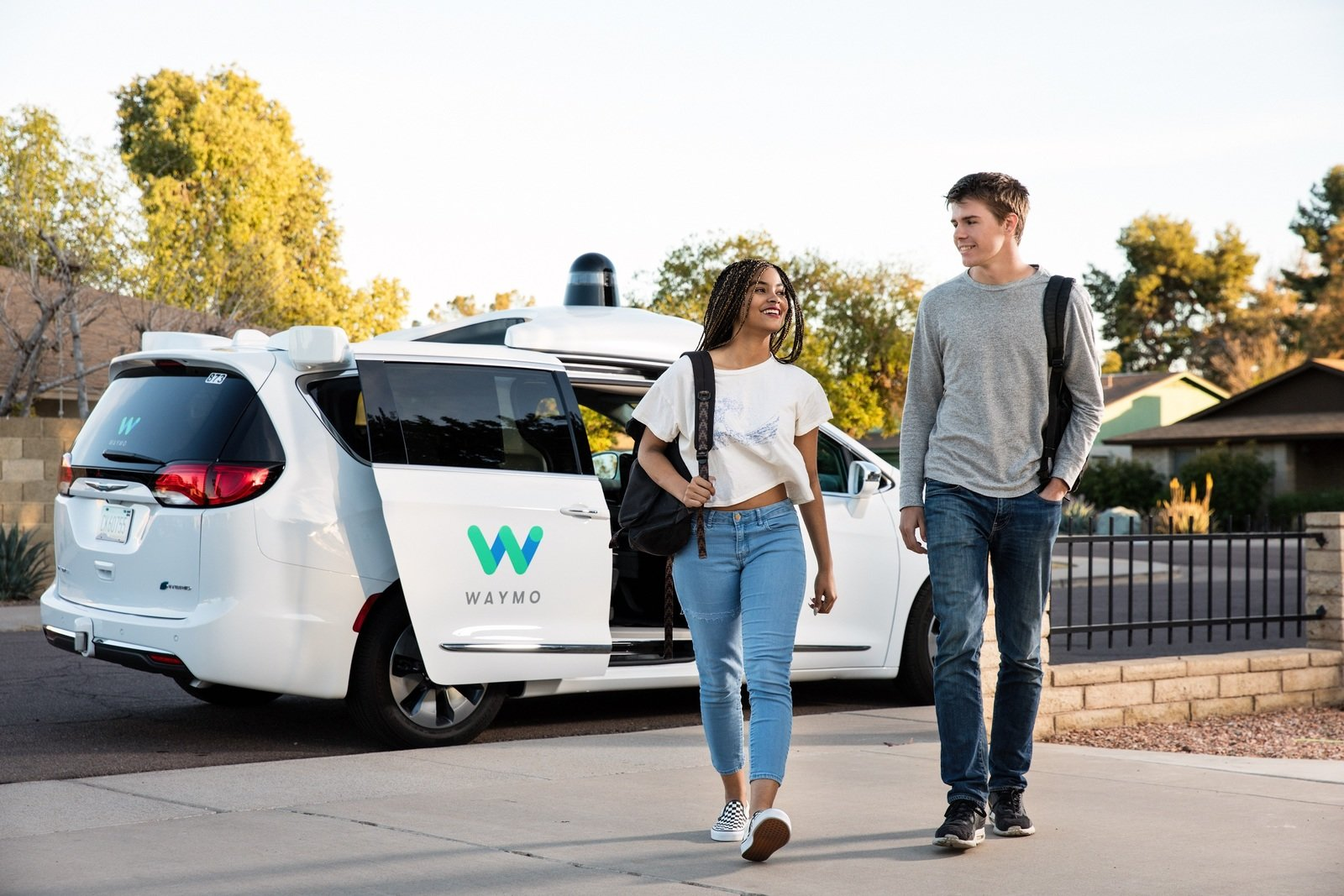 Uber Or Lyft >> Waymo All Set To Launch Self-Driving Taxi Service Next ...