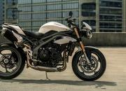 2018 - 2019 Triumph Speed Triple S / RS - image 811838