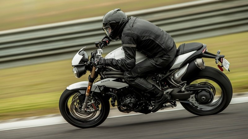 2018 - 2020 Triumph Speed Triple S / RS