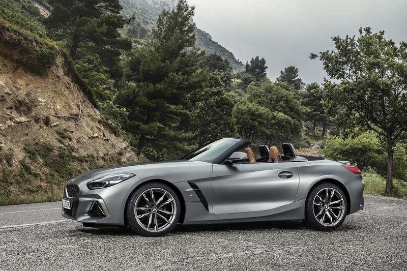 Visual Comparison: The 2020 Toyota Supra and the BMW Z4
