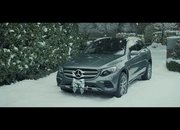 Can New Mercedes-Benz Commercial With Santa Make You Lease An SUV Or A Sedan? - image 810606