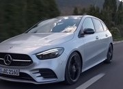 Check Out the First Video Reviews of the 2019 Mercedes B-Class - image 808382