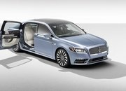 2019 Lincoln Continental 80th Anniversary Coach Door Edition - image 810543
