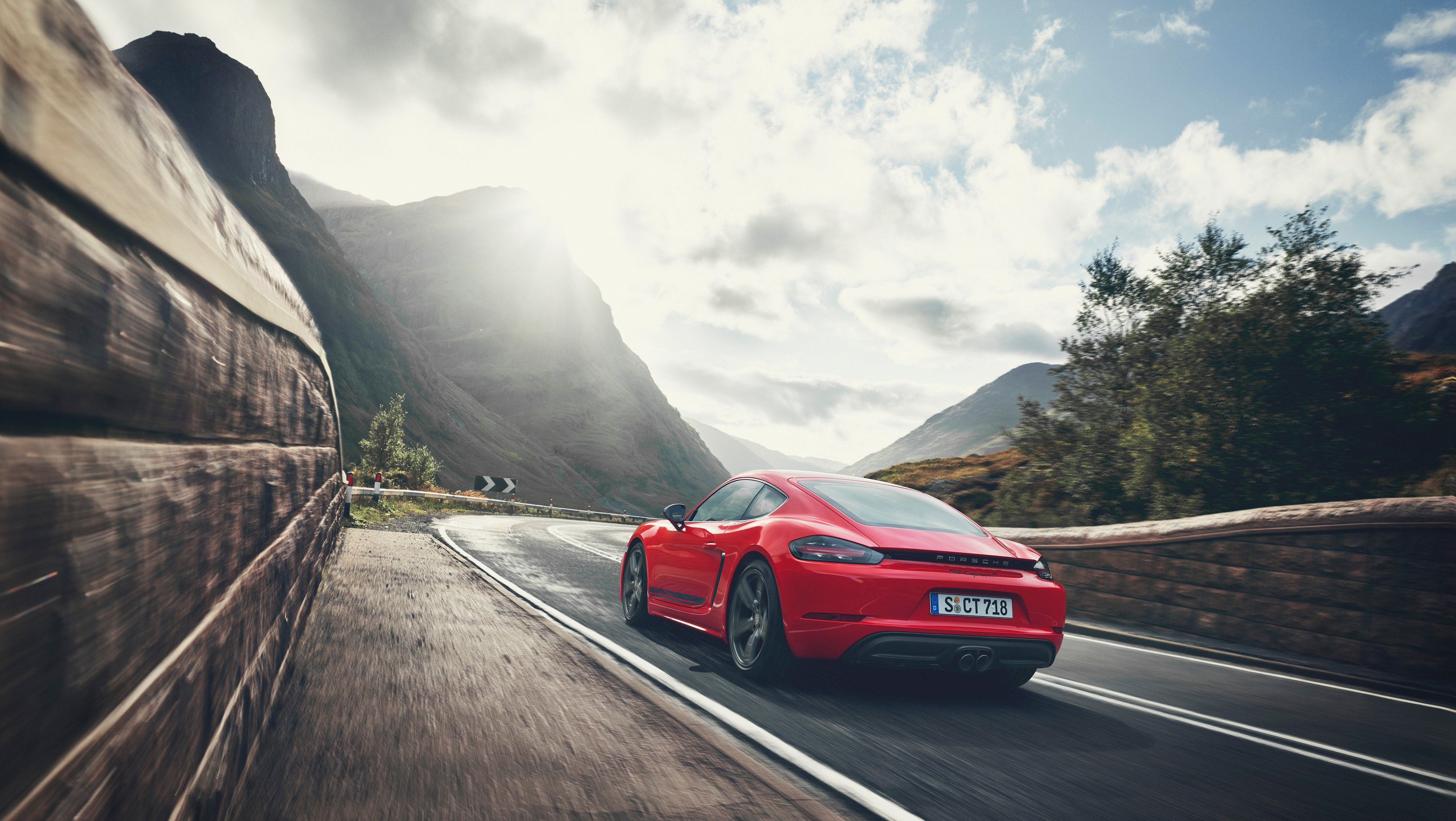 If You Like To Keep It Simple The 2019 Porsche 718 Cayman T Or 718