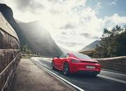 If You Like to Keep it Simple, the 2019 Porsche 718 Cayman T or 718 Boxster T Might be for You - image 810797