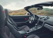 If You Like to Keep it Simple, the 2019 Porsche 718 Cayman T or 718 Boxster T Might be for You - image 810786