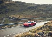 If You Like to Keep it Simple, the 2019 Porsche 718 Cayman T or 718 Boxster T Might be for You - image 810789