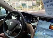 Tesla Model S Drove On Autopilot and Saved The Drunk Driver's Life - image 808555