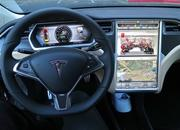 Tesla Model S Drove On Autopilot and Saved The Drunk Driver's Life - image 808556