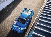 This Blue F40 LM Is The Best Belated Christmas Gift Money Can Buy - image 811373