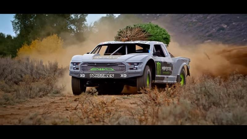 Watch Kyle LeDuc Go Chrismas Tree Shopping In His 900 Horsepower Truck