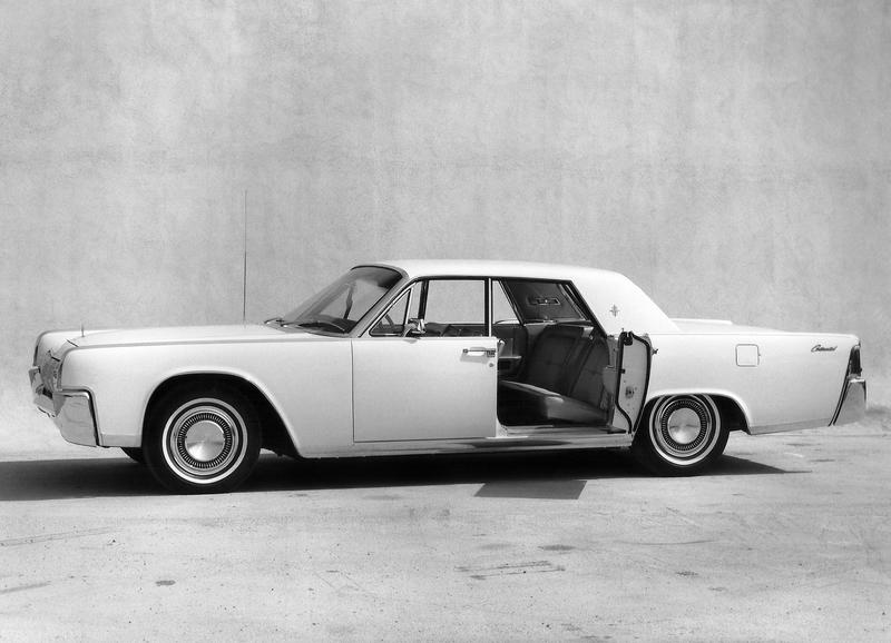 Will Lincoln Follow Rolls-Royce's Example and Feature Suicide Doors on the 2020 Lincoln Continental? - image 810203