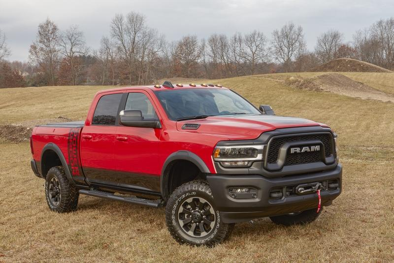 2019 Ram Heavy Duty Looks Menacing, Pumps out 1,000 Pound-Feet! Exterior - image 814536