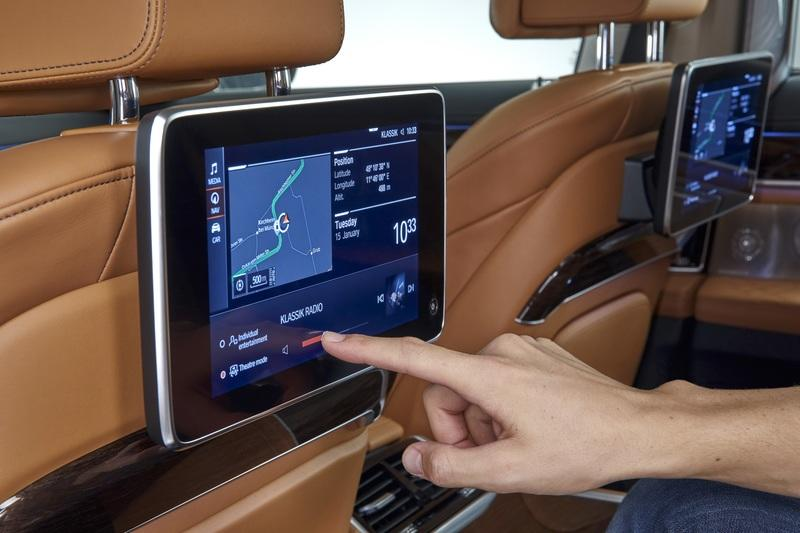 The 2020 BMW 7 Series Intelligent Personal Assistant Is Equal Parts Creepy and Cool