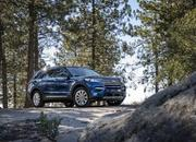 2020 Ford Explorer vs 2019 Dodge Durango - image 813352