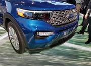 The 2020 Ford Explorer Hybrid Features a Weird Drivetrain Layout - image 814881