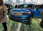 The 2020 Ford Explorer Hybrid Features a Weird Drivetrain Layout - image 814883