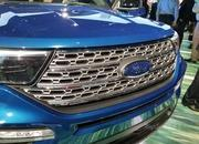 The 2020 Ford Explorer Hybrid Features a Weird Drivetrain Layout - image 814886