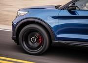 2020 Ford Explorer ST does well in first video review - image 814712