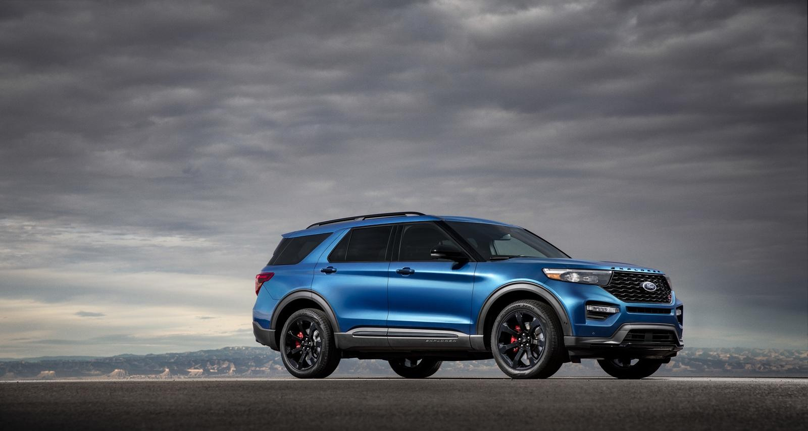 2020 ford explorer st has 400 hp  wants to be taken