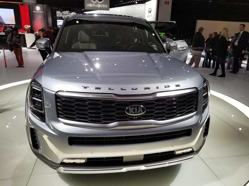 2020 Kia Telluride finally shows its production form in Detroit