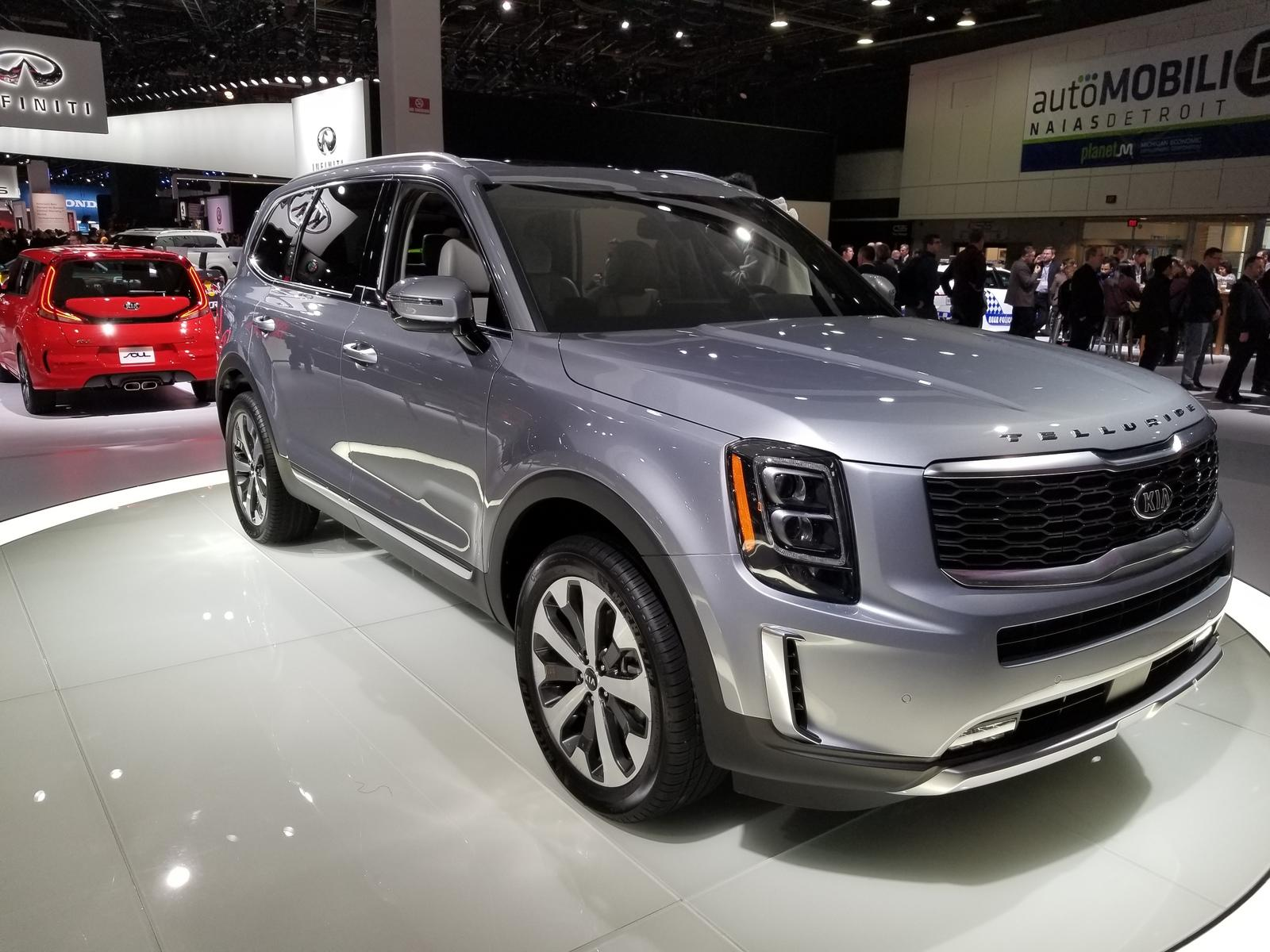 kia drops pricing info on 2020 telluride suv looks like a steal against the competition top speed. Black Bedroom Furniture Sets. Home Design Ideas