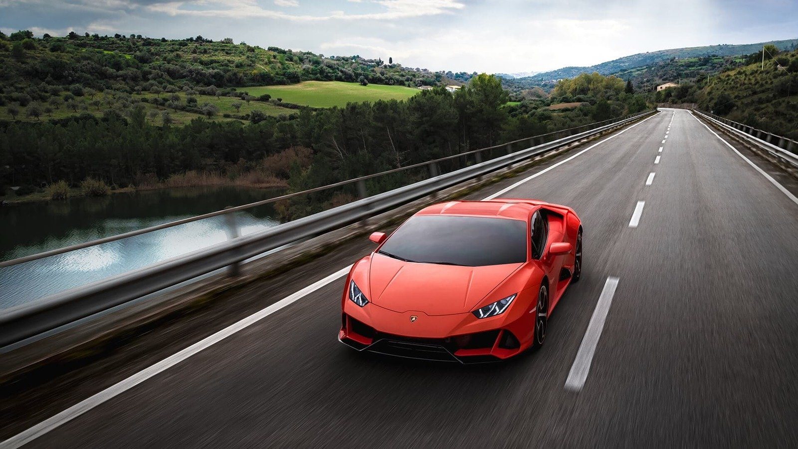 6 Must Know Facts About The 2019 Lamborghini Huracan Evo