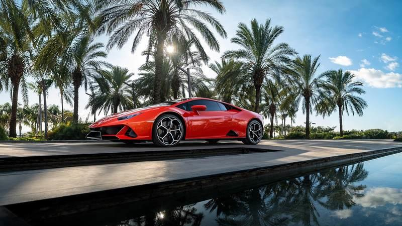 There's a Reason Why The 2019 Lamborghini Huracan EVO is Missing The