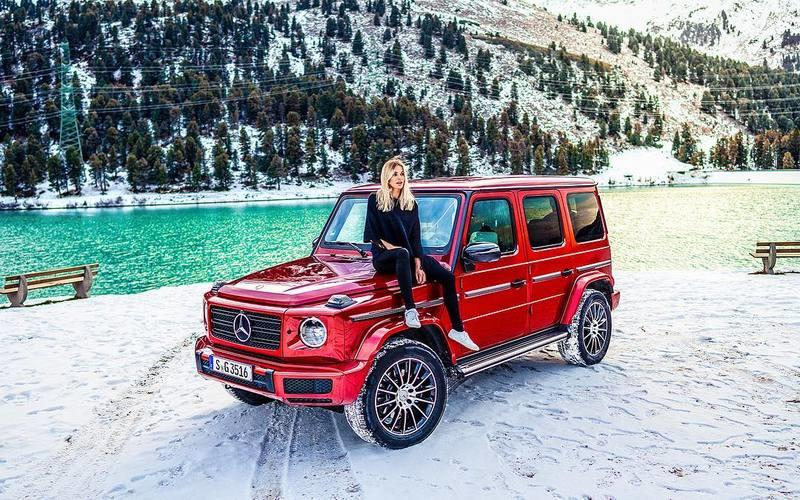 Instagram Girl of the Week: Sophiacalate (and a Mercedes G350d)