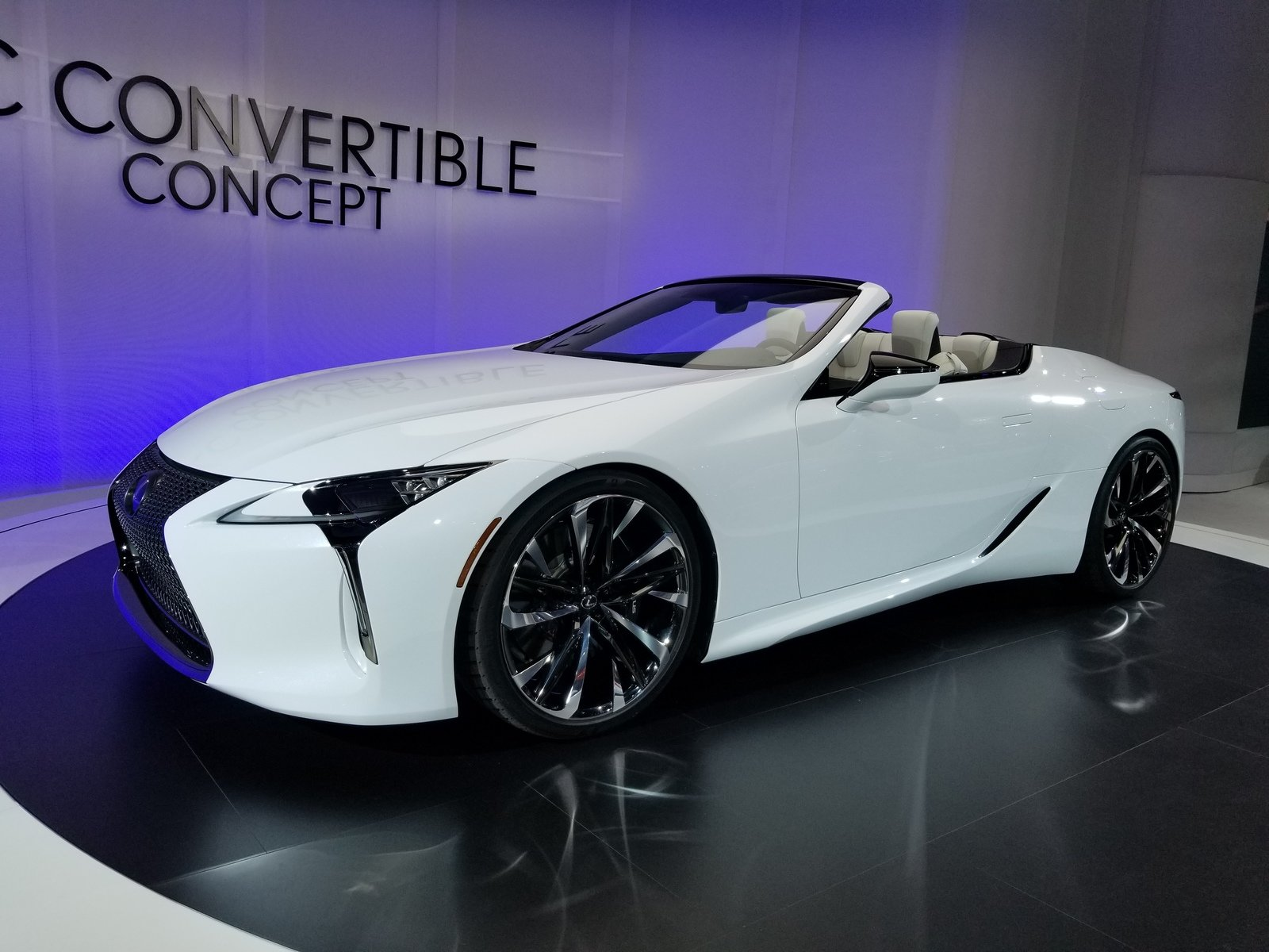 Lexus Lc Debuts At The 2019 Detroit Auto Show In A Topless