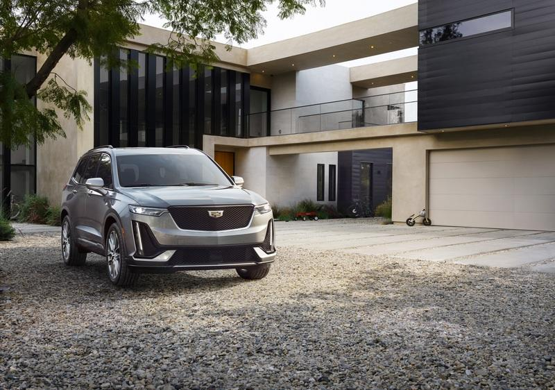 The Cadillac XT6 is a Ground-Rule Double That Should've Been a Home Run