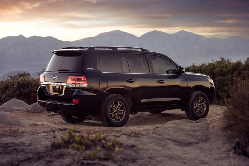 2019 Toyota Land Cruiser Heritage Edition Exterior - image 817546